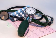 How to treat high blood pressure with and without medicines