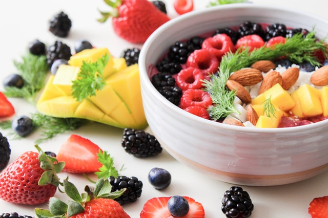 Low-carb diet is better for weight loss than low-fat diet