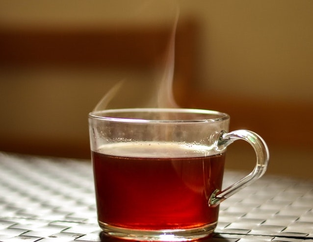 Drinking hot tea linked to higher risk of this cancer