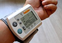 Lowering blood pressure may cut dementia risk in people with this heart problem