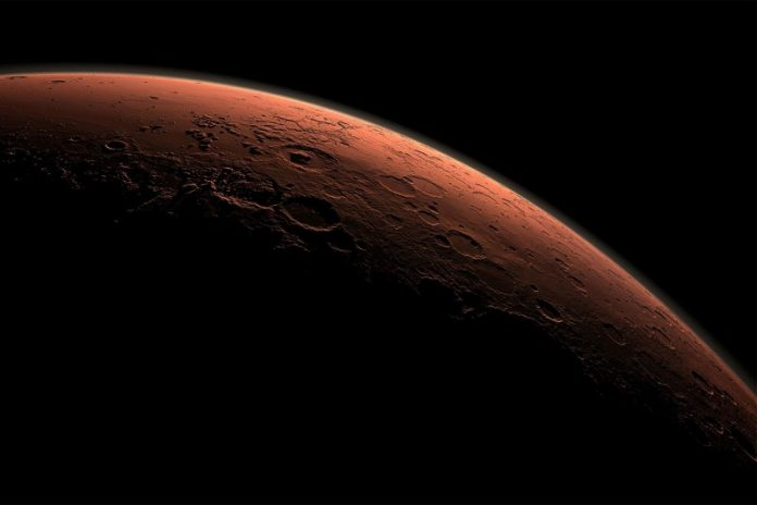 Mars may still have active deep groundwater, says new study