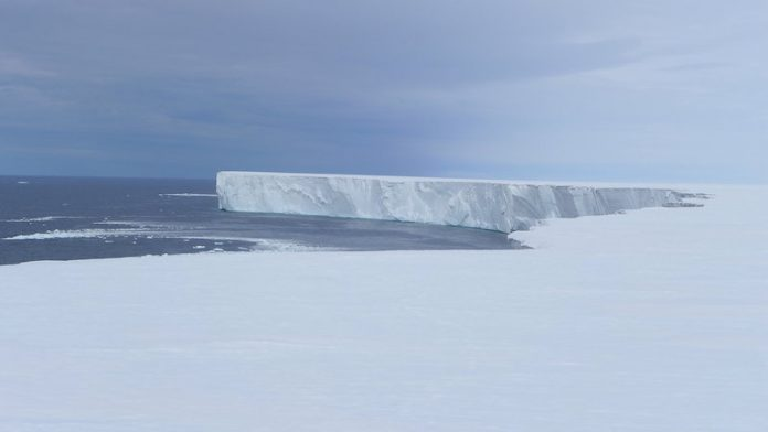 The world's largest ice is melting 10 times faster