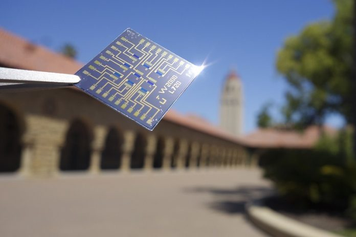 This chip mimics the brain for better computing