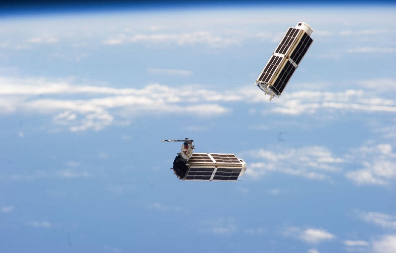 Scientists develop safer, inexpensive way to propel small satellites